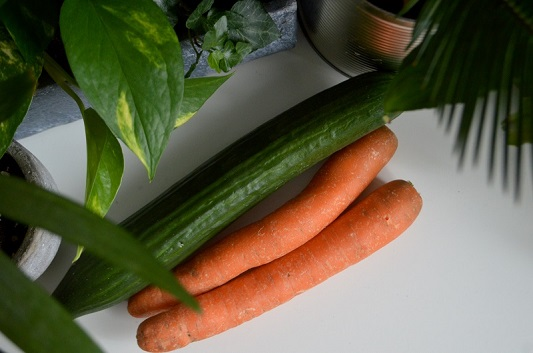 Gurken und Karotten